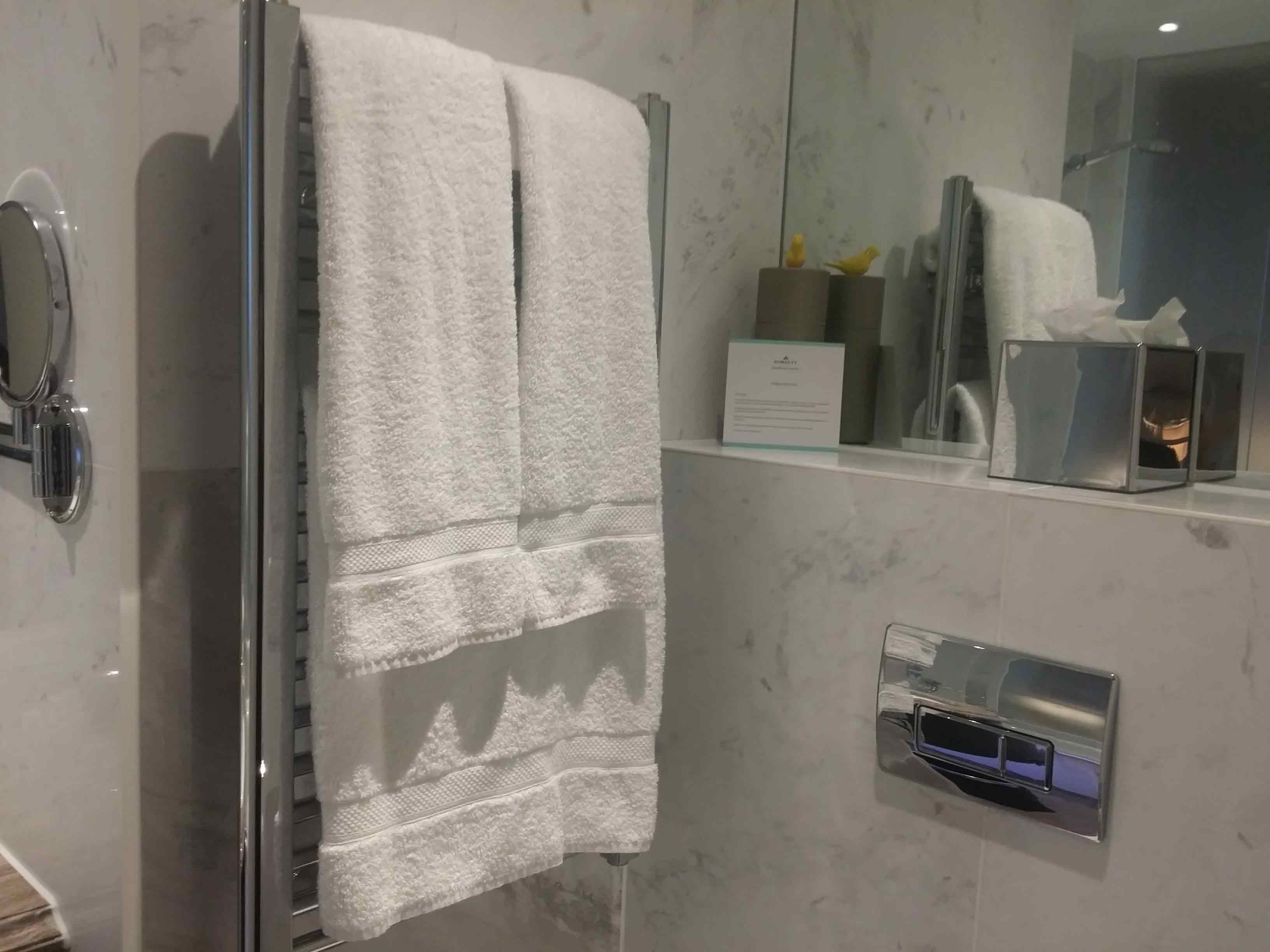Hotel Laundry Service Singapore | Pro Fast Guest Laundry Service